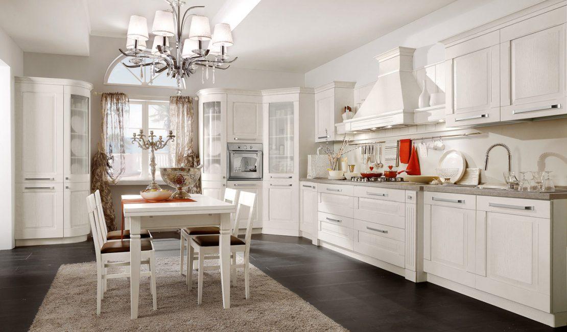 Traditional kitchen Aida 3