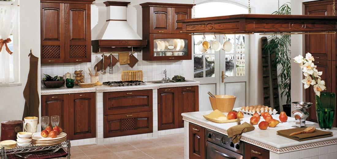 Traditional White Kitchen - Focolare