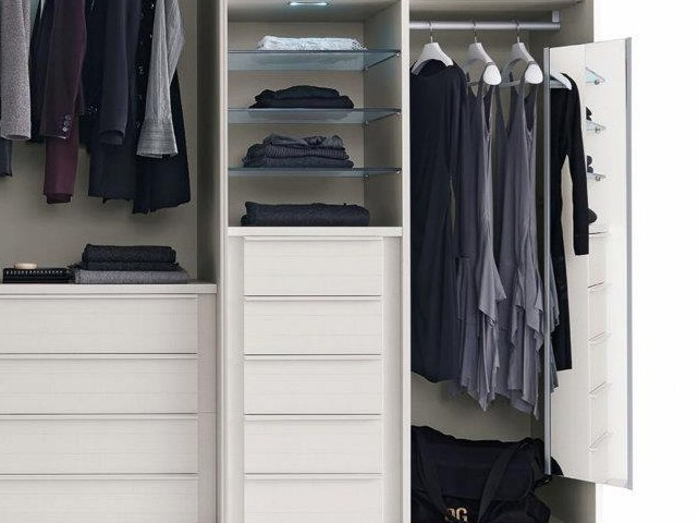 Wardrobe Storage Solutions Sydney - Pull Out Drawers